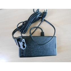 Pédale avec cable surjeteuse Singer 120 à 150w